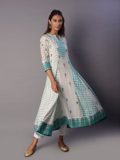 Pinksky Designer Yoke Printed Kurta For Women